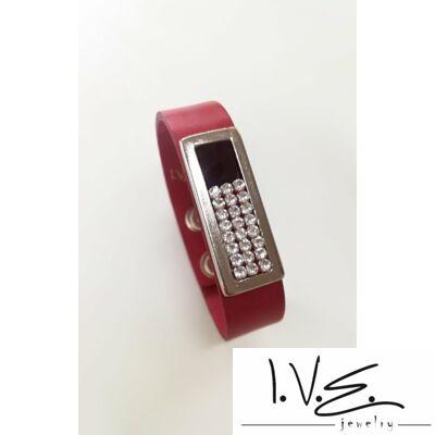 Kis táblás fekete Swarovski® ékköves patentos bőr karpánt