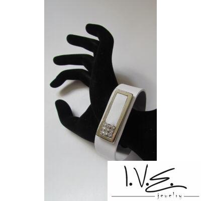 Kis táblás 3X3 Swarovski® sorköves patentos bőr karpánt