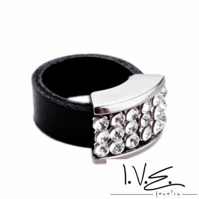 Gyűrűalapba foglalt Swarovski köves gyűrű
