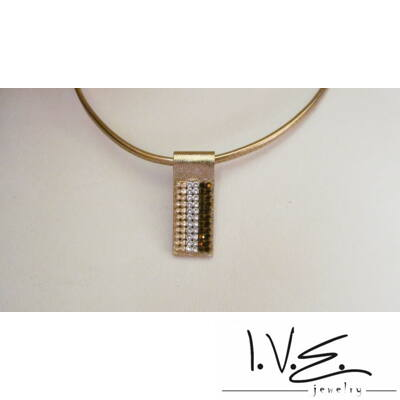 6 soros vegyes Swarovski köves széles arany bőr nyaklánc