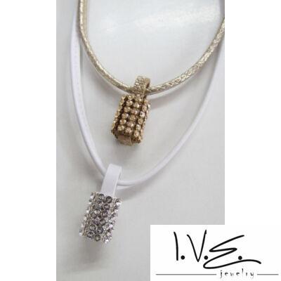 Körgyűrűs Swarovski köves bőr medál nyaklánccal