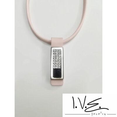 Kis táblás fekete Swarovski® ékköves bőr nyaklánc