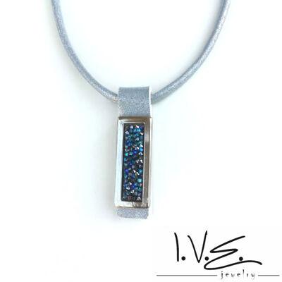 Kék Jeges kis táblás Crystal Rock Swarovski® köves hologramos kék bőr nyaklánc
