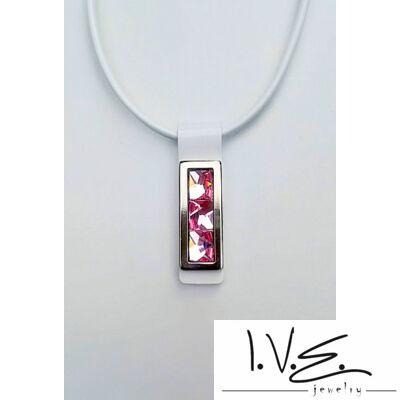 Kis táblás, 3 rózsaszín Swarovski® fúl ékköves bőr nyaklánc