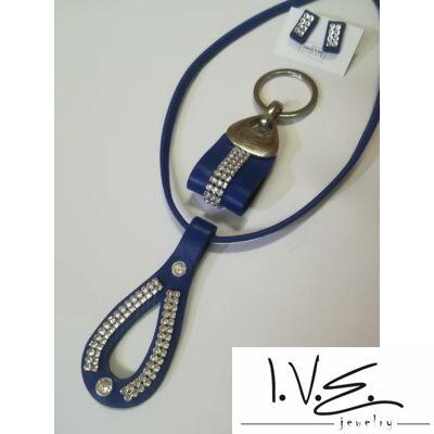 Kígyófejes( külön sorköves ), Swarovski köves nyaklánc,kulcstartóval és fülivel szettben